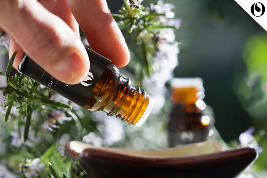 Có thể sử dụng tinh dầu như sử dụng nước hoa hay không?